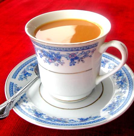 Ceylon tea with sugar and milk